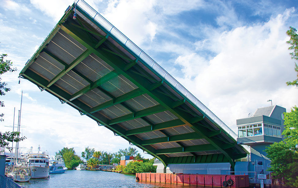 Tamiami canal single-leaf bascule bridge